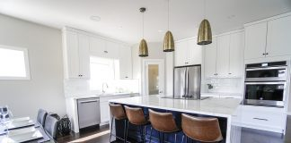 איך בוחרים אדריכל לתכנון הבית או העסק?