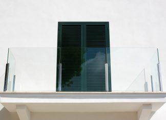 אדריכל לסגירת מרפסת – מדוע הכרחי לעבוד עם אדריכל וכיצד סוגרים מרפסת?